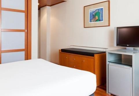 AC Hotel Lleida, a Marriott Lifestyle Hotel - фото 8