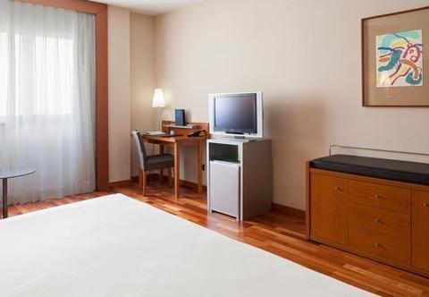AC Hotel Lleida, a Marriott Lifestyle Hotel - фото 3