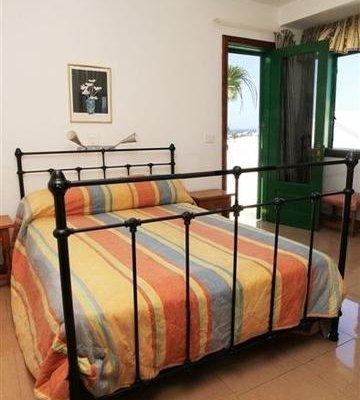 Apartamentos las Acacias - фото 4