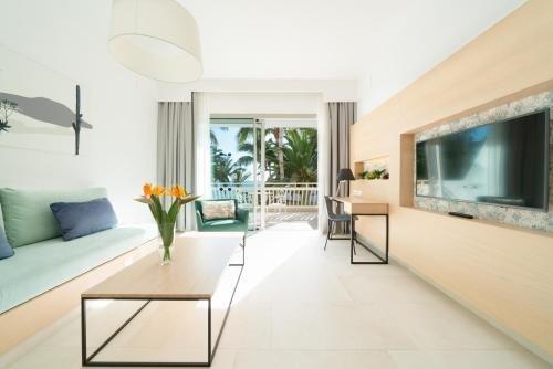 Suite Hotel Fariones Playa - фото 4
