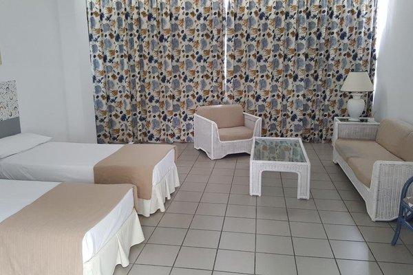 CIW Hostel - фото 9