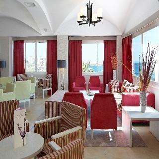 Universal Hotel Romantica - фото 9
