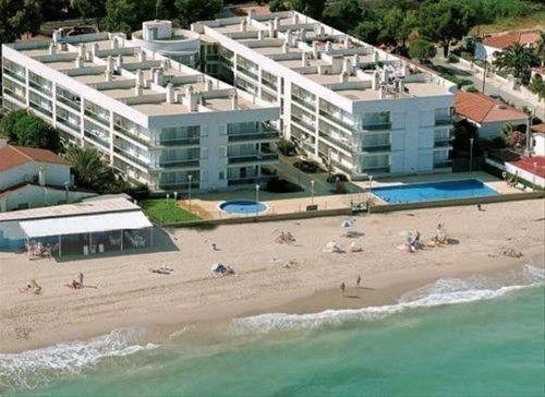 Apartamentos La Riviera - фото 16