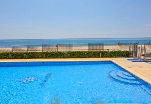 Apartamentos La Riviera - фото 17