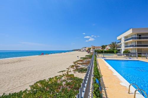 Apartamentos La Riviera - фото 18