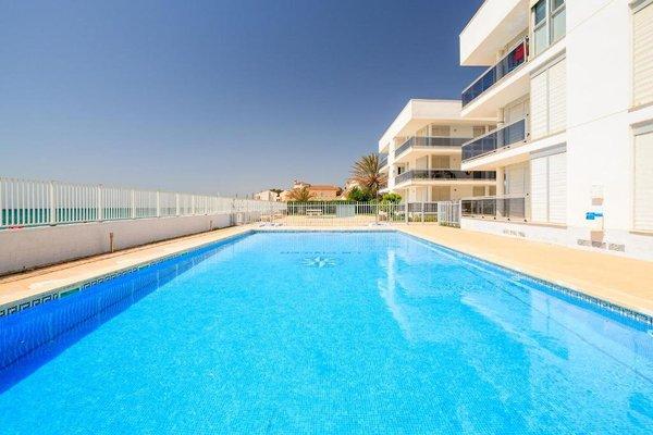 Apartamentos La Riviera - фото 2