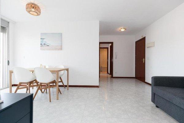 Apartamentos La Riviera - фото 5
