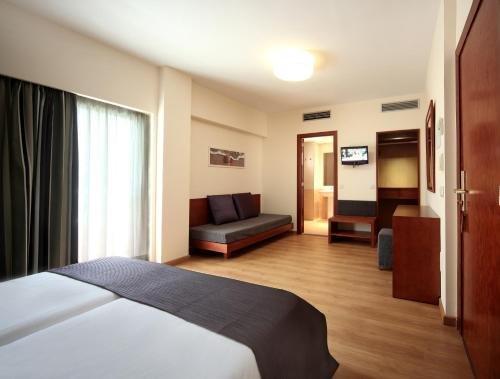 Hotel Metropolitan Playa - фото 1
