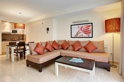 Grupotel Alcudia Suite - фото 6