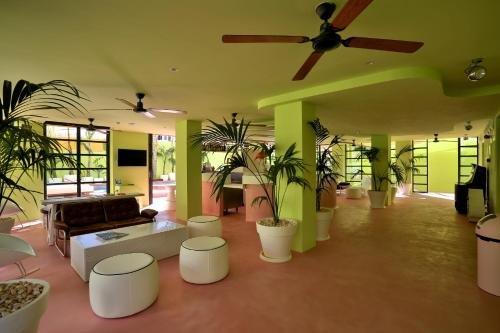 Tropicana Ibiza Coast Suites - фото 15