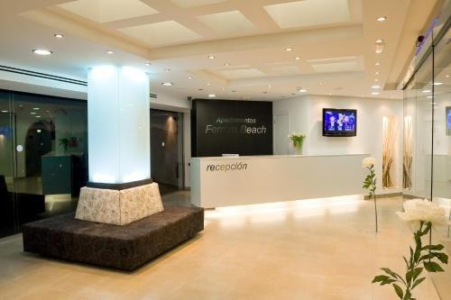 Apartamentos Ferrera Beach - фото 14