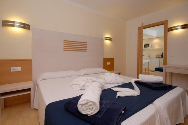 Apartamentos Ferrera Beach - фото 2