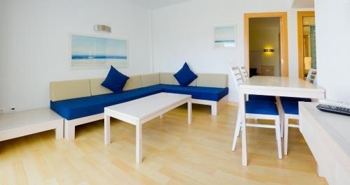 Apartamentos Ferrera Beach - фото 7