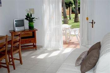 Apartamentos Ses Anneres - фото 11