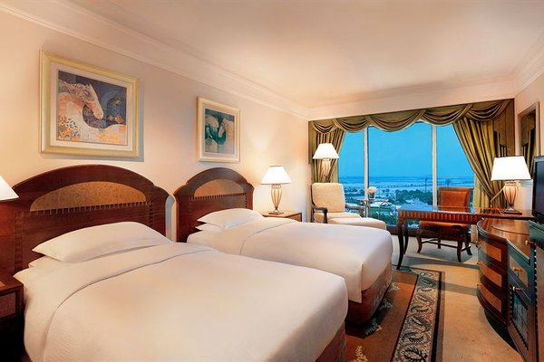 Grand Hyatt Dubai - фото 1