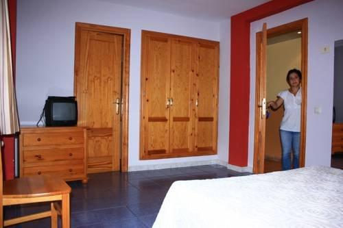 Hostal Casa Lacreu - фото 4