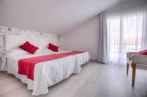 Apartamentos Turisticos Playa Mar I - фото 2