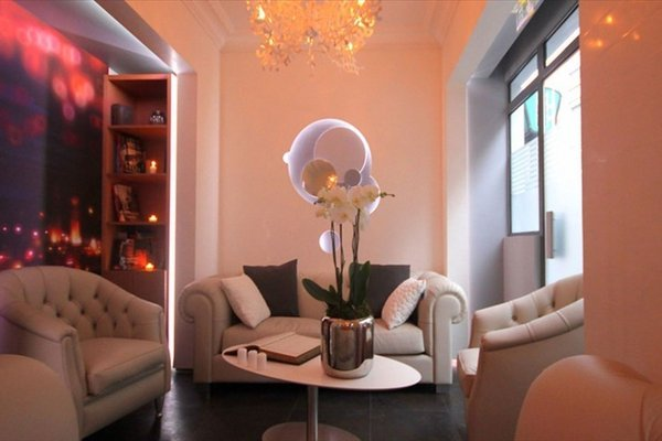 Hotel Lumieres Montmartre Paris - фото 8