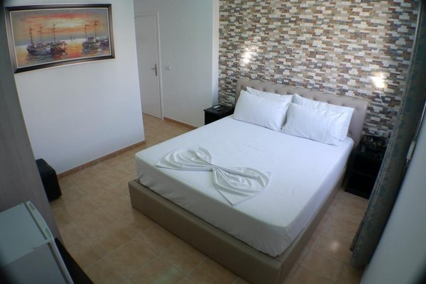 Aparthotel Espana - фото 2