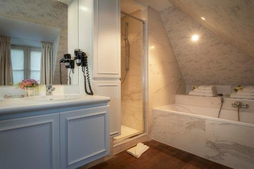 Canalside House - Luxury Guesthouse - фото 13