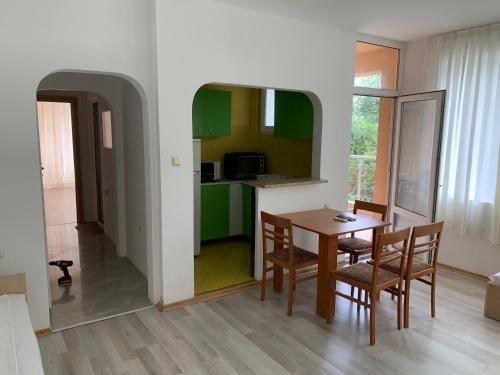 Safo Apartments & Rooms - фото 12