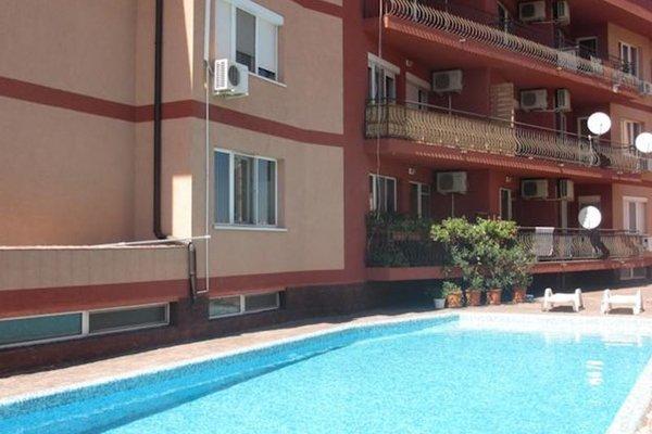 Apartment Deniss in Ravda - фото 10