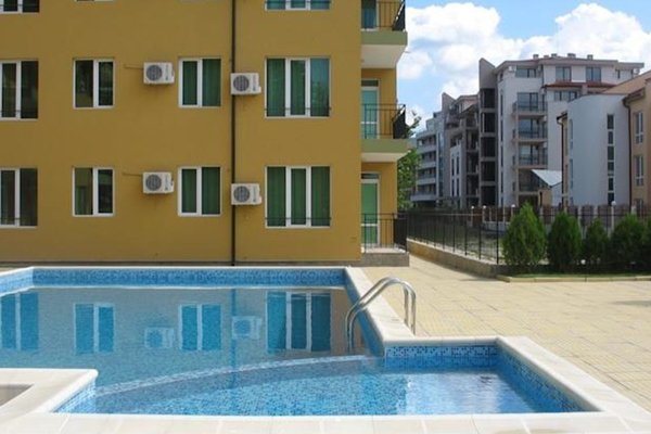 Yanis Apartment in Hermes Complex - фото 12