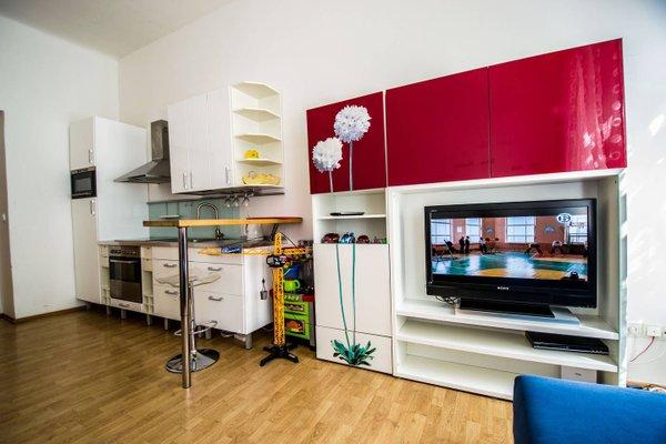 Modern Cozy Apartment by Ruterra - фото 2