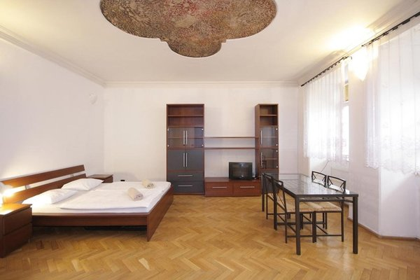 Tomasska Apartments - фото 4