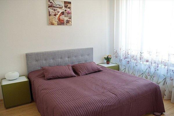 Bright spacious apartment - фото 10