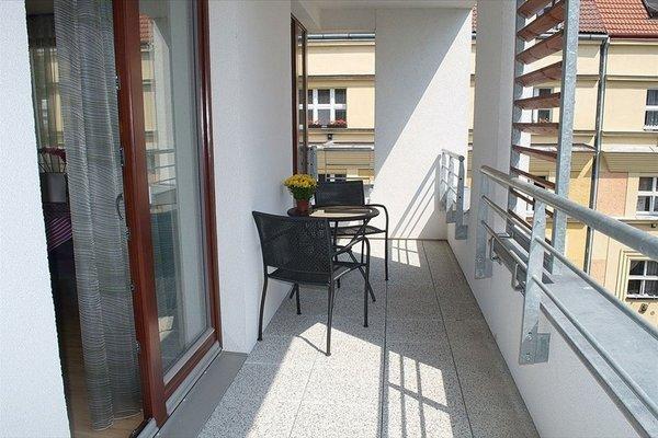 Bright spacious apartment - фото 11