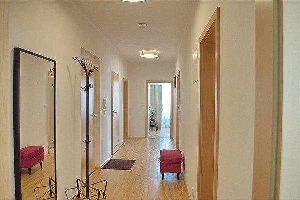 Bright spacious apartment - фото 7
