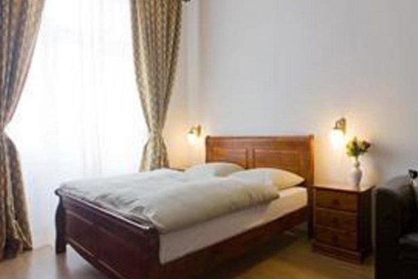 Apartment Klamovka - фото 4