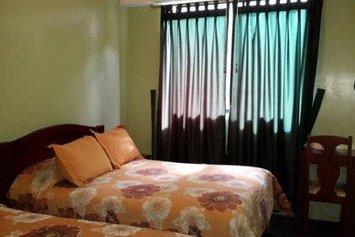 Hostal Los Lirios