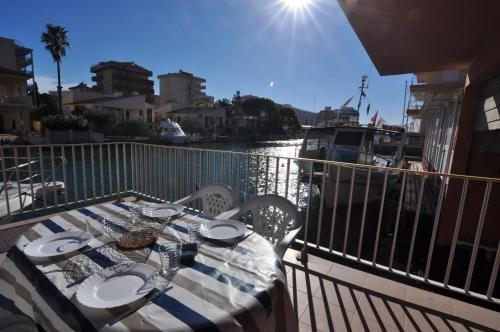 Apartaments Mediterrani - фото 32