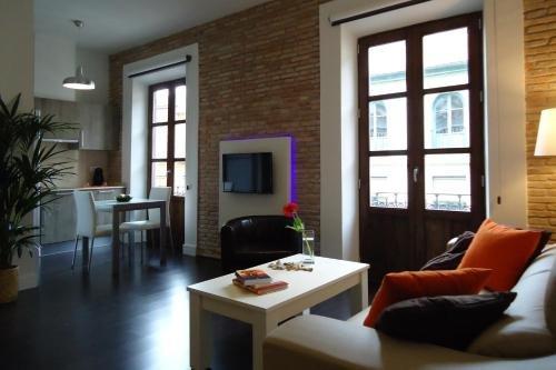 Apartamentos Turisticos Mauror - фото 5