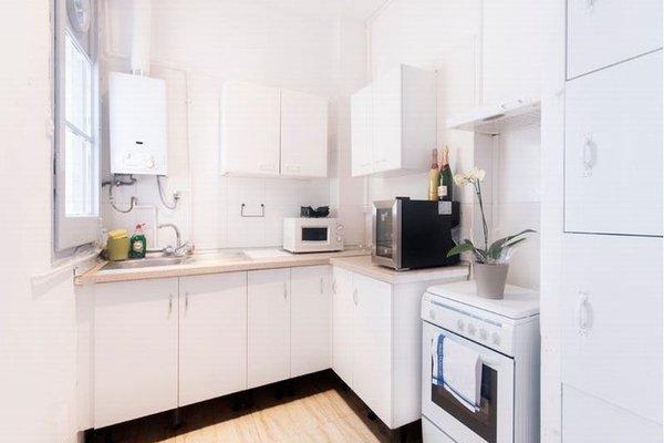 Barcelona 10 - Apartments - фото 12