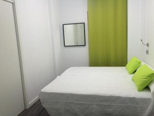 Chameleon Hostel Alicante - фото 2