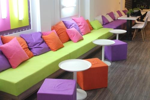 Chameleon Hostel Alicante - фото 3