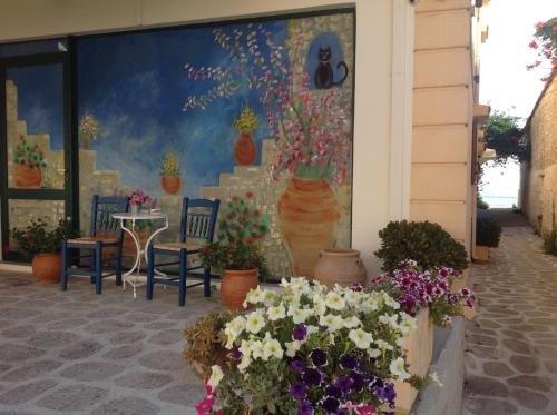 Asterias Studios & Apartments - фото 14