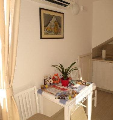 Apartments Violeta 1 - фото 13