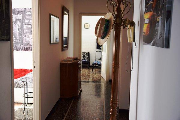 Alexandra Apartment Near Metro - фото 13
