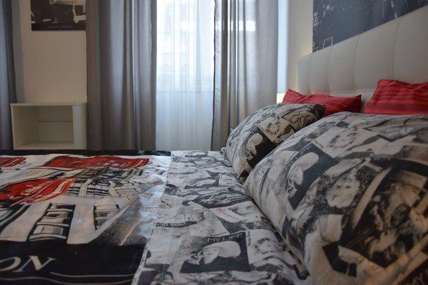 Alexandra Apartment Near Metro - фото 17