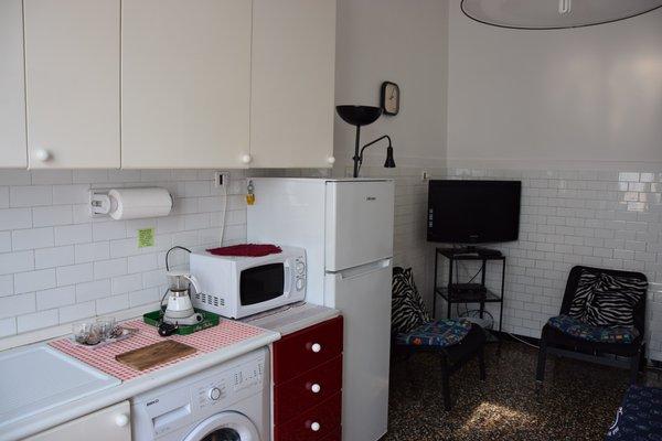 Alexandra Apartment Near Metro - фото 2