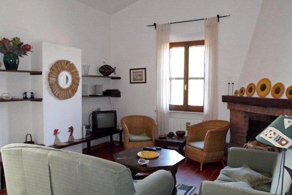Отель «CASTELVERDE», Капальбио