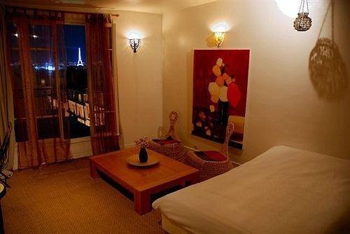 Studios Paris Appartement Million Dollar Views - фото 3