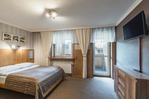 Pokoje Goscinne i Apartamenty Krupowki 19 - фото 34
