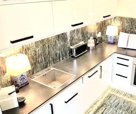 Luxury Apartments Mondrian Castle Square - фото 4