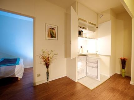 Staycity Aparthotels Gare de l'Est - фото 19