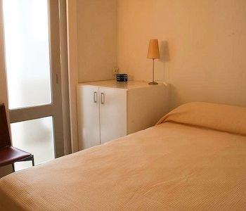 City Center-Ramblas Apartment - фото 1